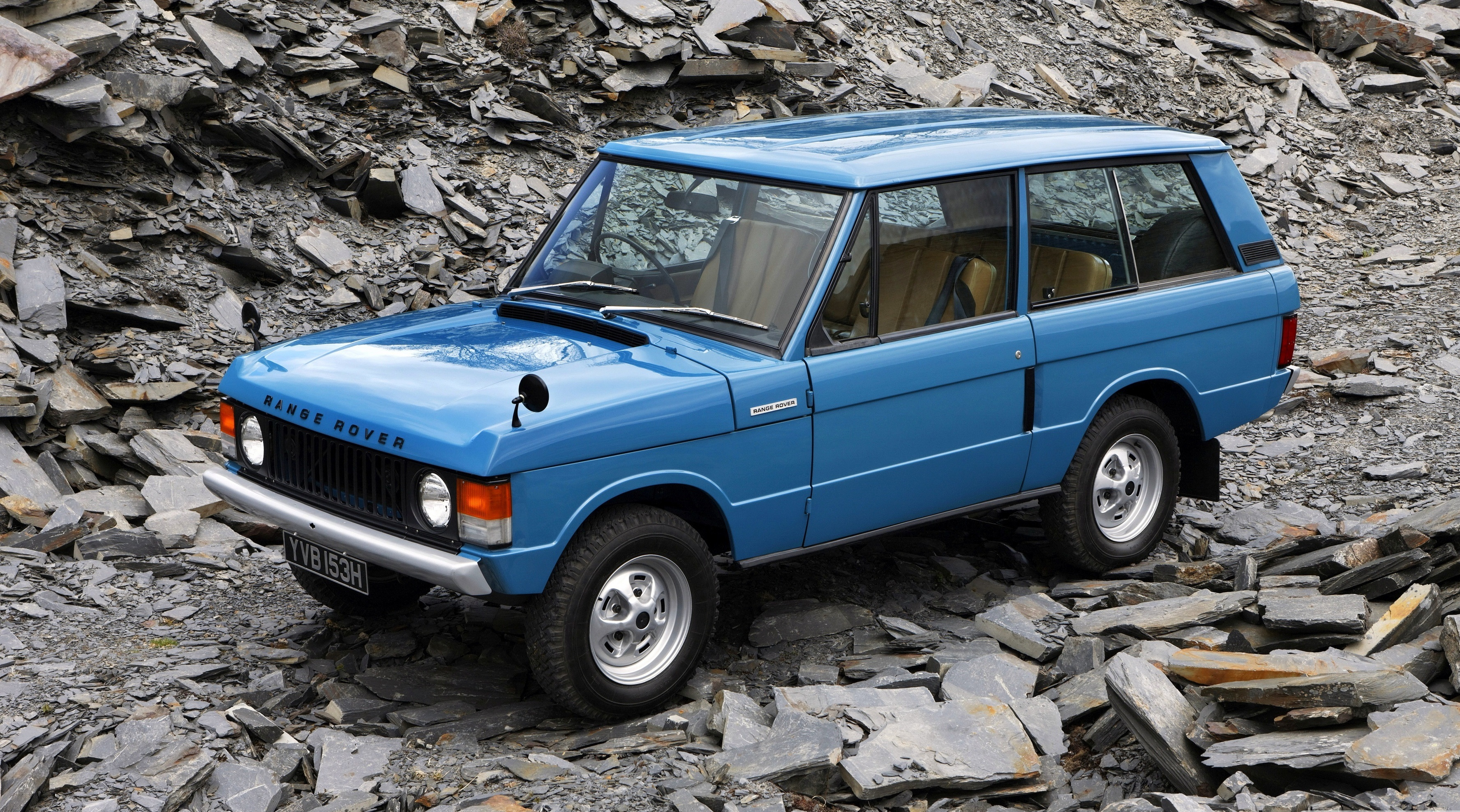 1970_range_rover_3_doors_blue-wallpaper-3554x1999