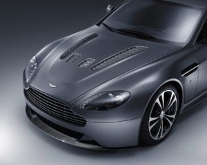 2010 Aston Martin V12 Vantage Wallpapers