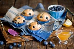 cakes_pastries_blueberries_berries_lemons_fruit_jam_desserts_sweets_tray_spoon_80888_1680x1050