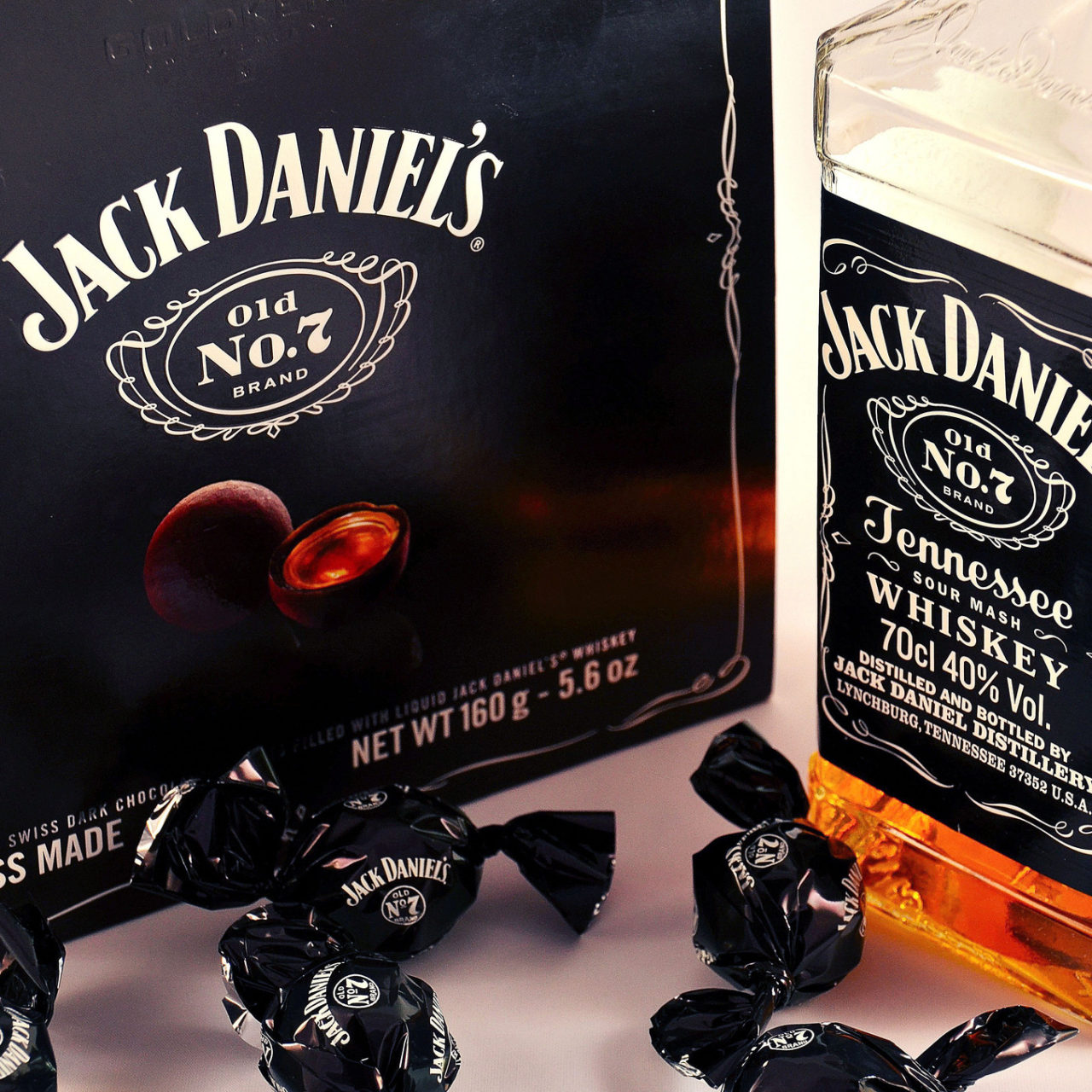 Jack Daniels Whiskey Bottle, Candy, Alcohol Wallpapers