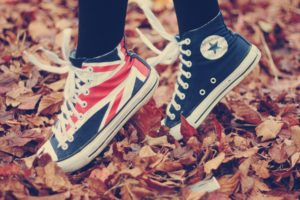 shoes_sneakers_converse_style_fall_sports_49260_1920x1200