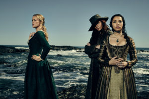 black_sails_jessica_parker_kennedy_clara_paget_hannah_new-wide