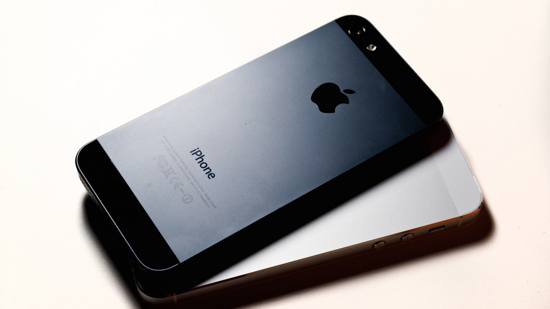 IPhone 5 Rear 1920 X 1080 HDTV 1080p Wallpapers