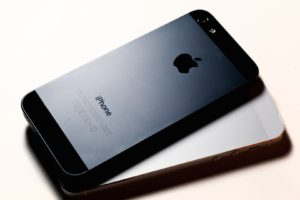 iPhone 5 Rear 1920 x 1080 HDTV 1080p