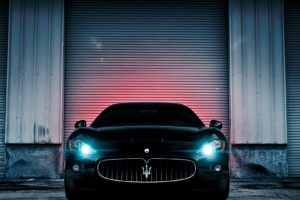 maserati_lights_wall_car_83881_1920x1080