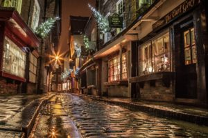 Street Houses Road Paving Windows Lights Shopping Evening Night England Christmas New year
