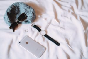 beanie iphone ring