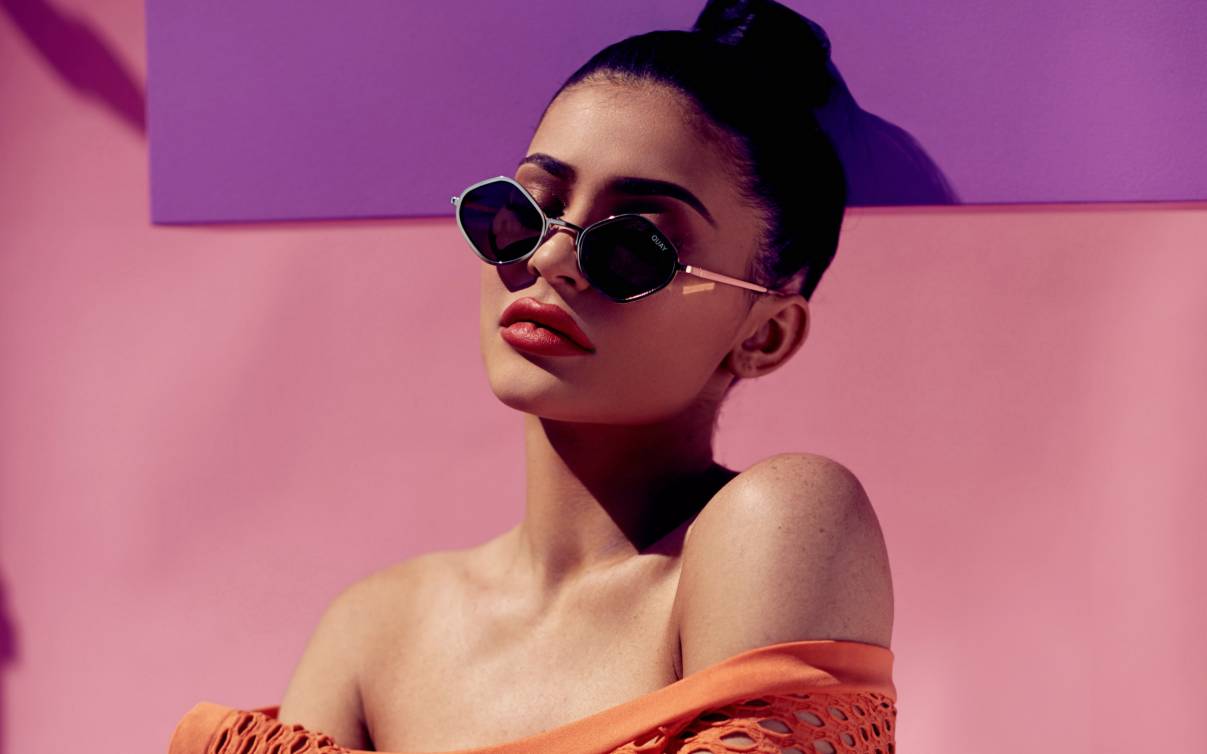 Kylie Jenner Purple Honey Sunglasses 4K Wallpapers