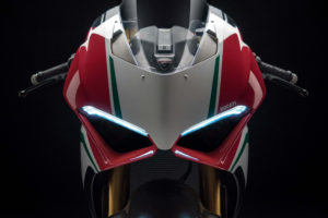 2018 Ducati Panigale V4 Speciale 4K Wallpapers