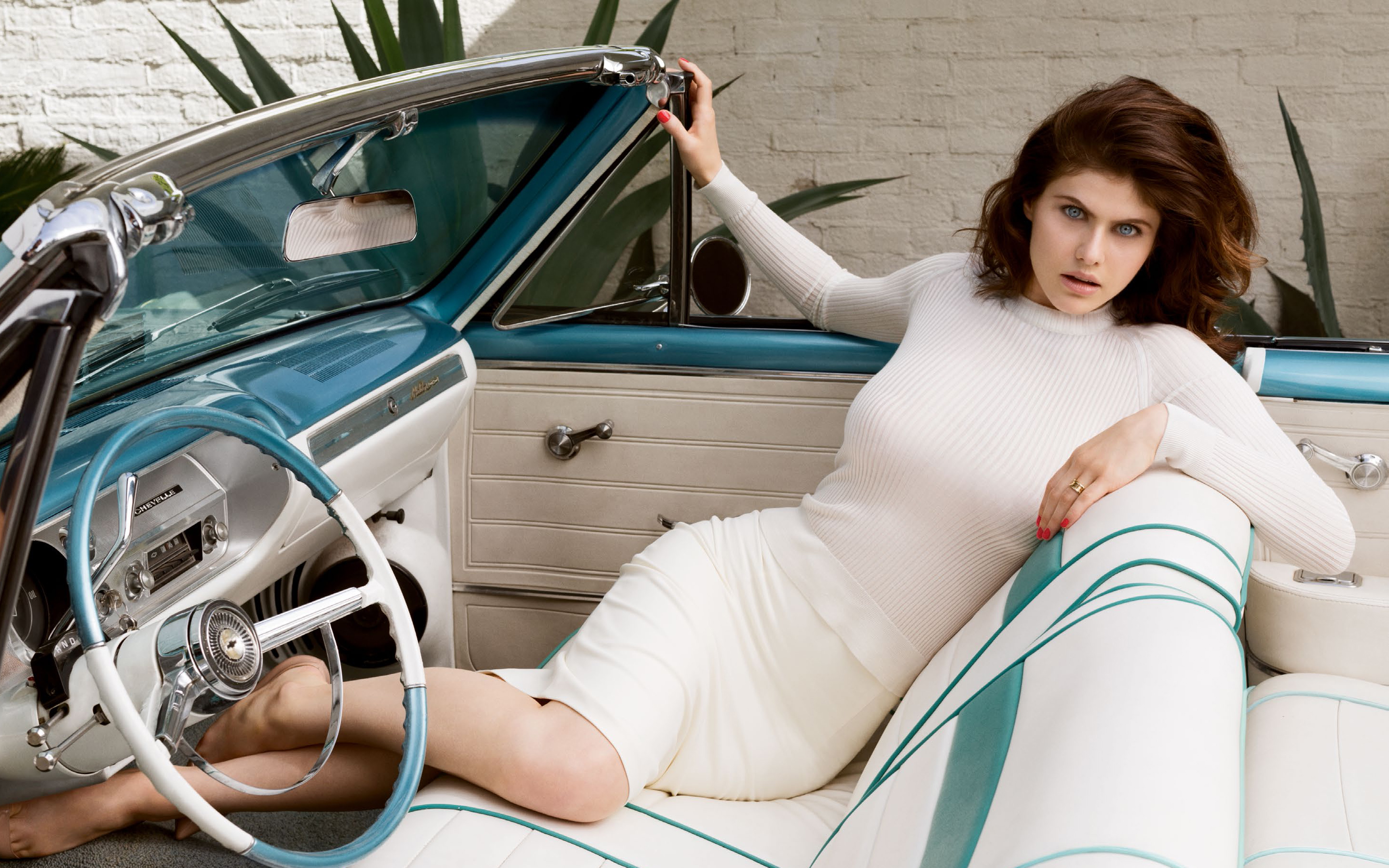 Alexandra Daddario 7 Wallpapers