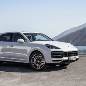 Porsche Cayenne Turbo 2018 4K Wallpapers