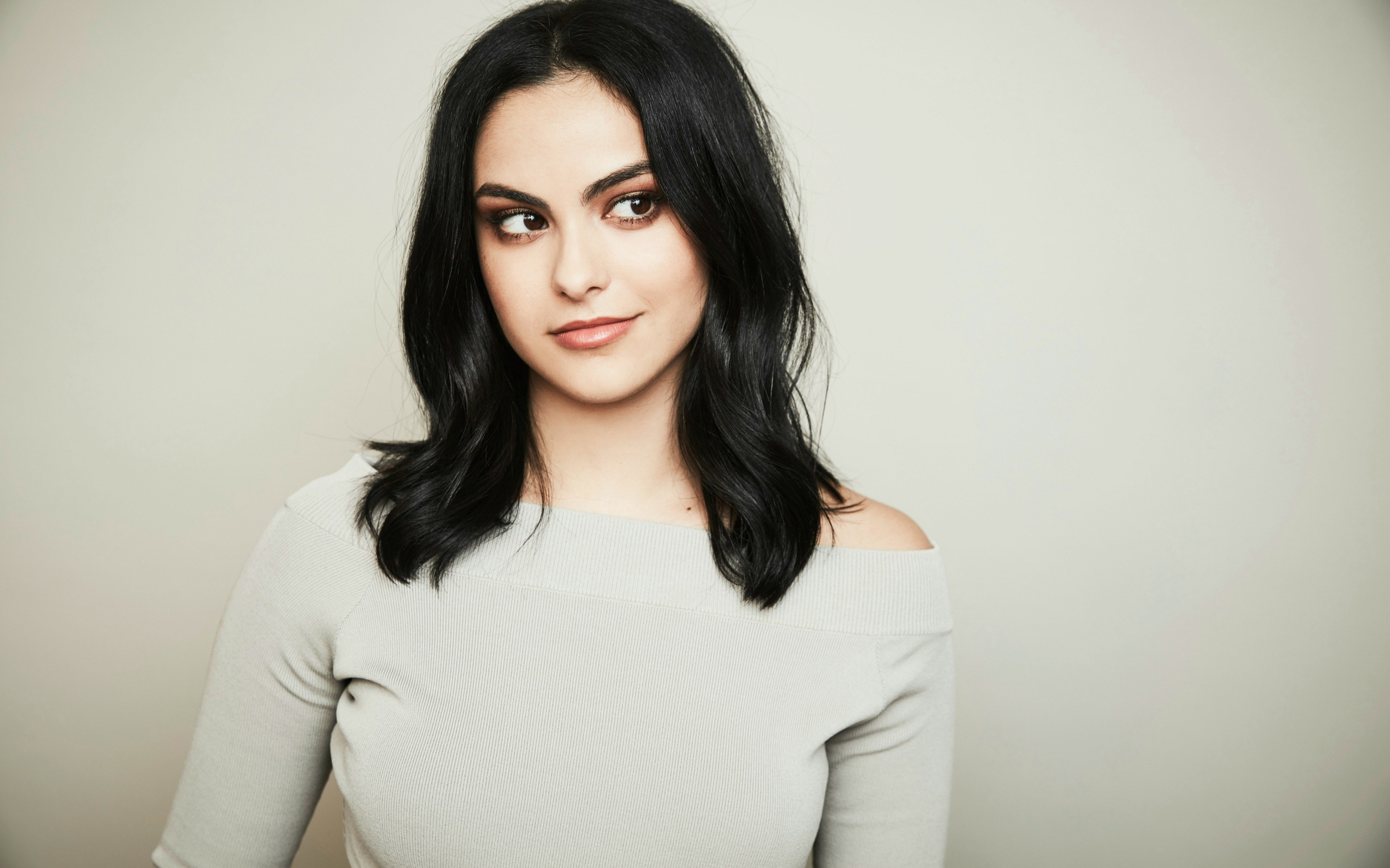 Riverdale Actress Camila Mendes Wallpapers