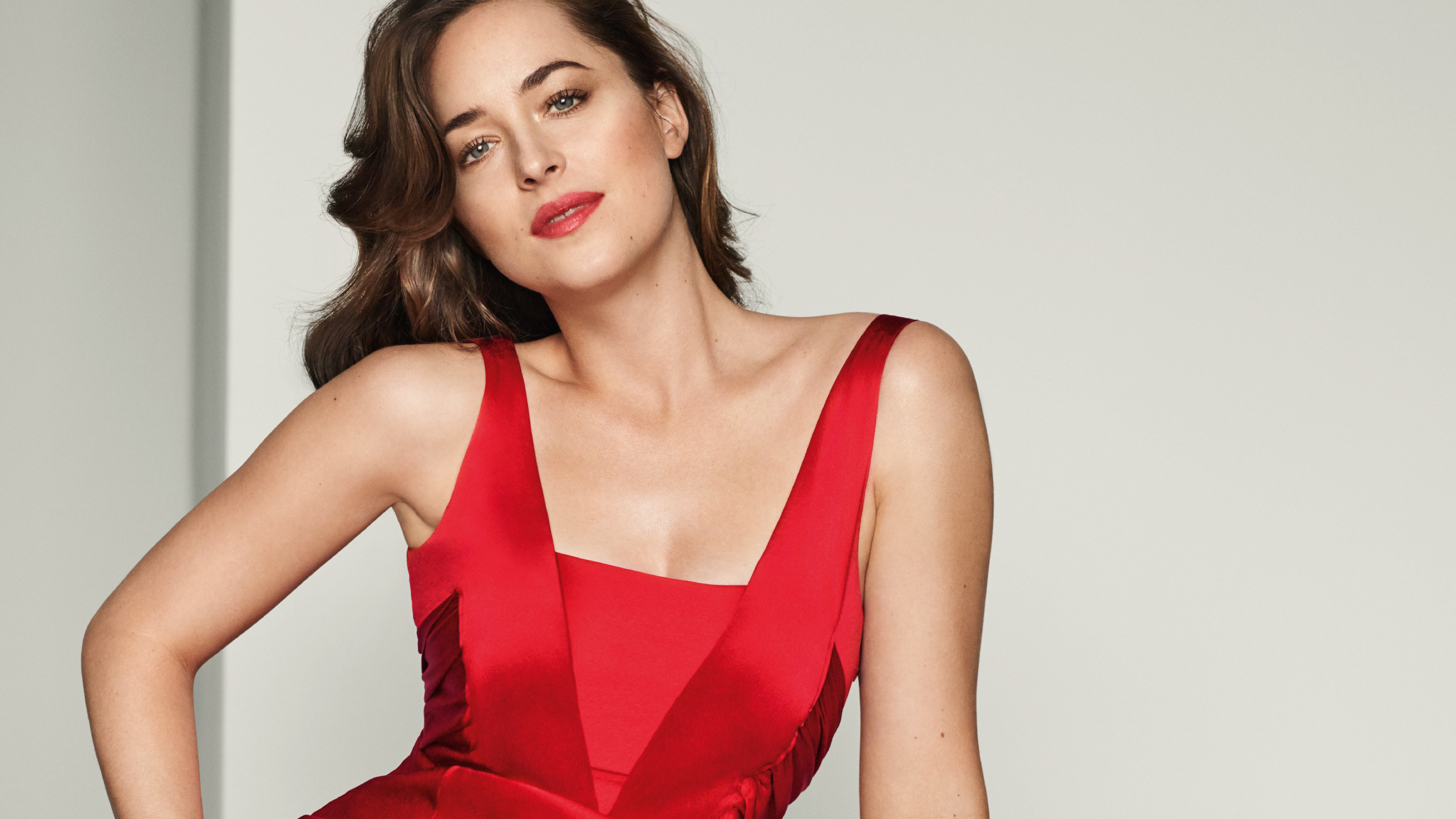 Dakota Johnson Vogue 2017 Wallpapers