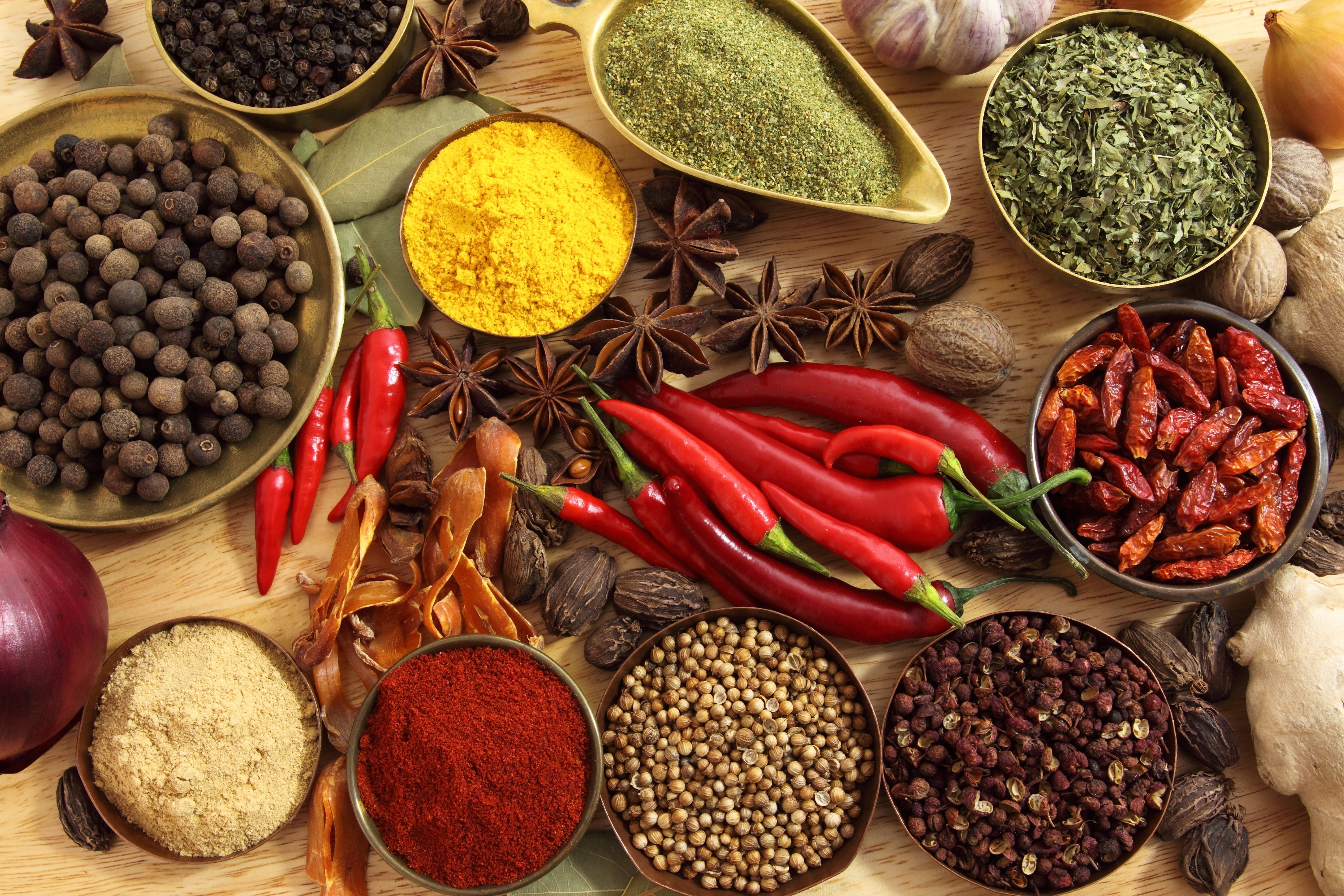 Spices, Seasonings, Red pepper, Black pepper, Pepper, Star anise, Onion, Ginger, Garlic, Walnuts, Bay leaf HD Wallpapers