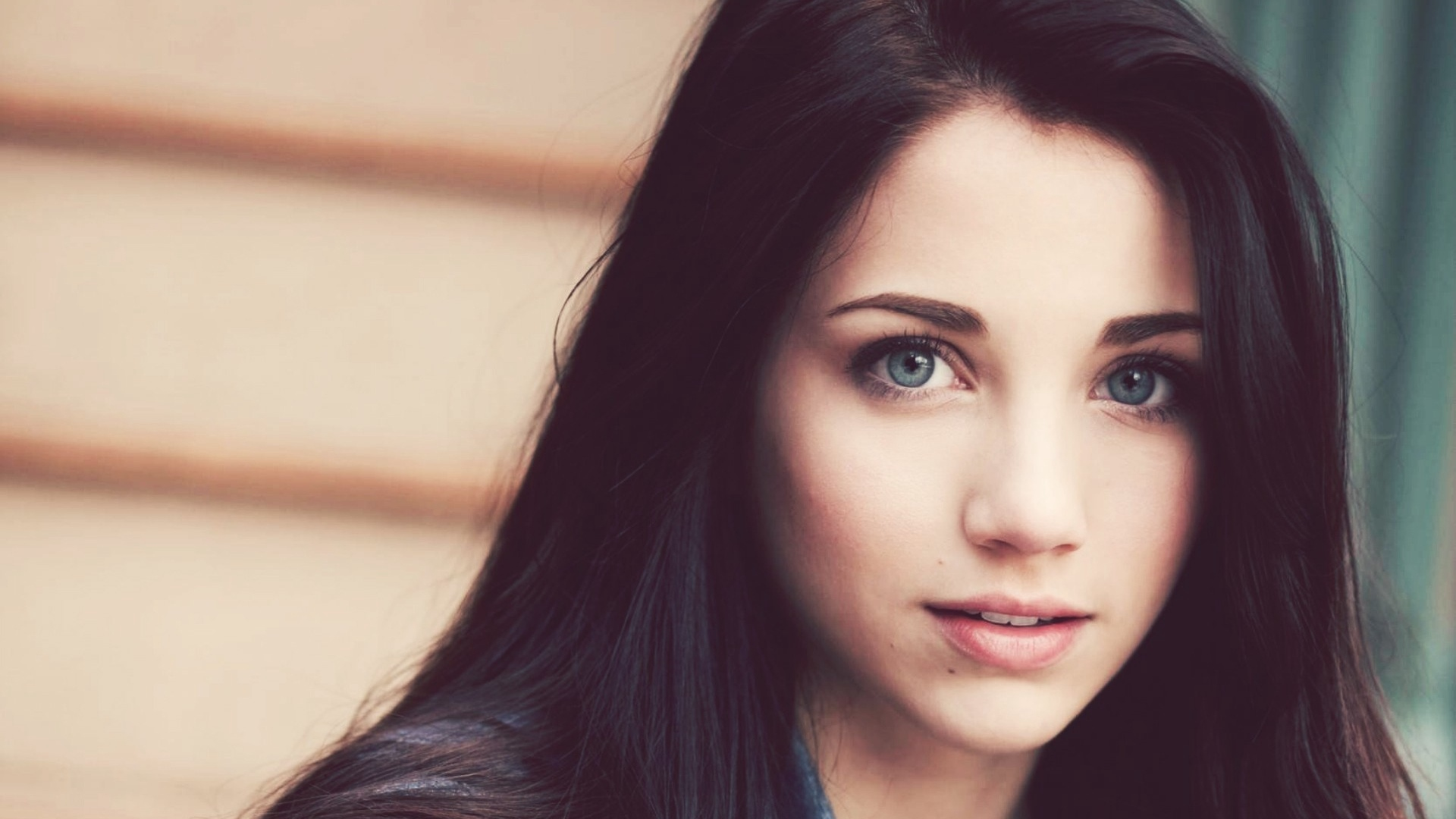 Emily Rudd Brunette Blue Eyes Face Hair Eyes Wallpapers Hd Wallpapers