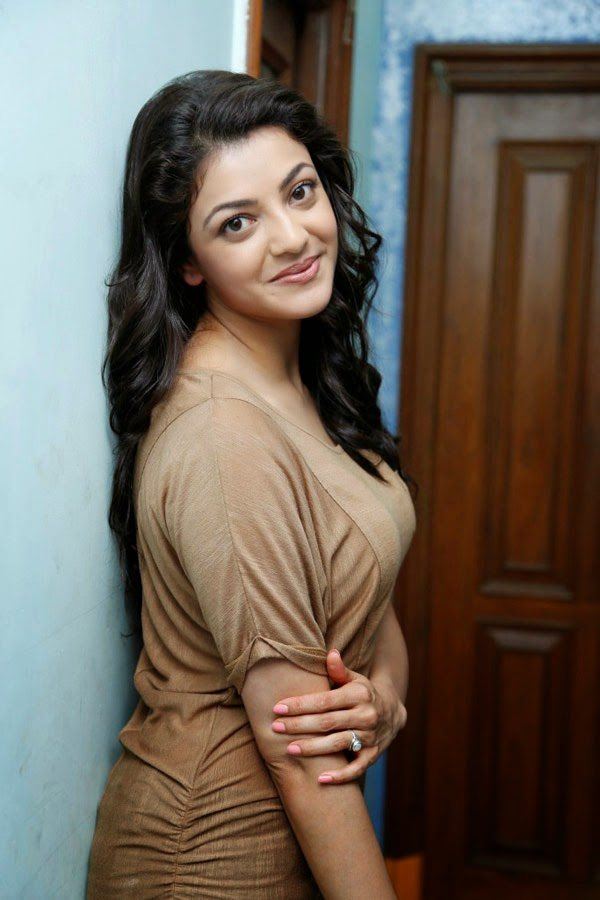 Download Kajal Agarwal Hot Photos