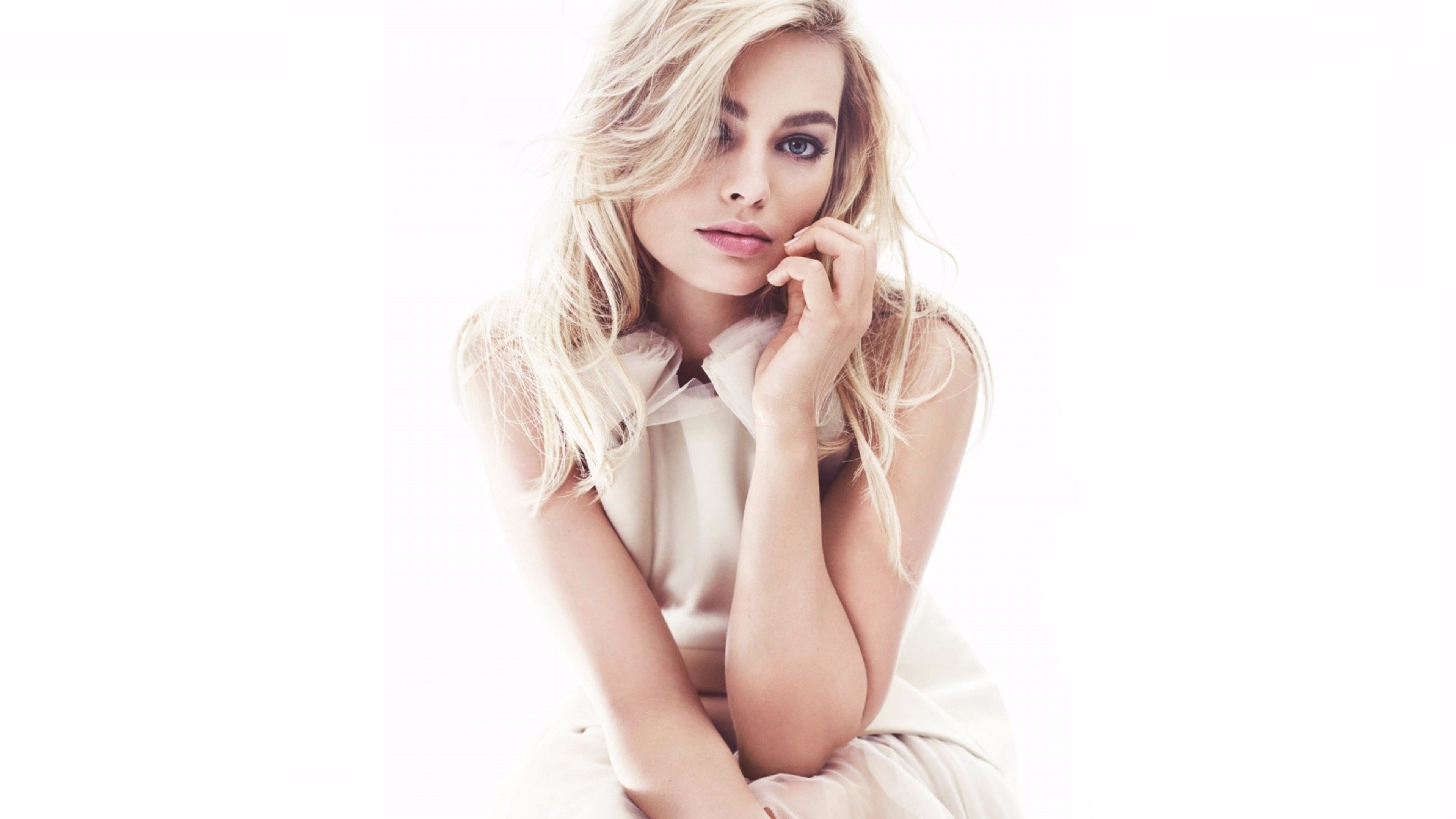 3a5e79ff94 Sexy Margot Robbie 4K Wallpapers. ««
