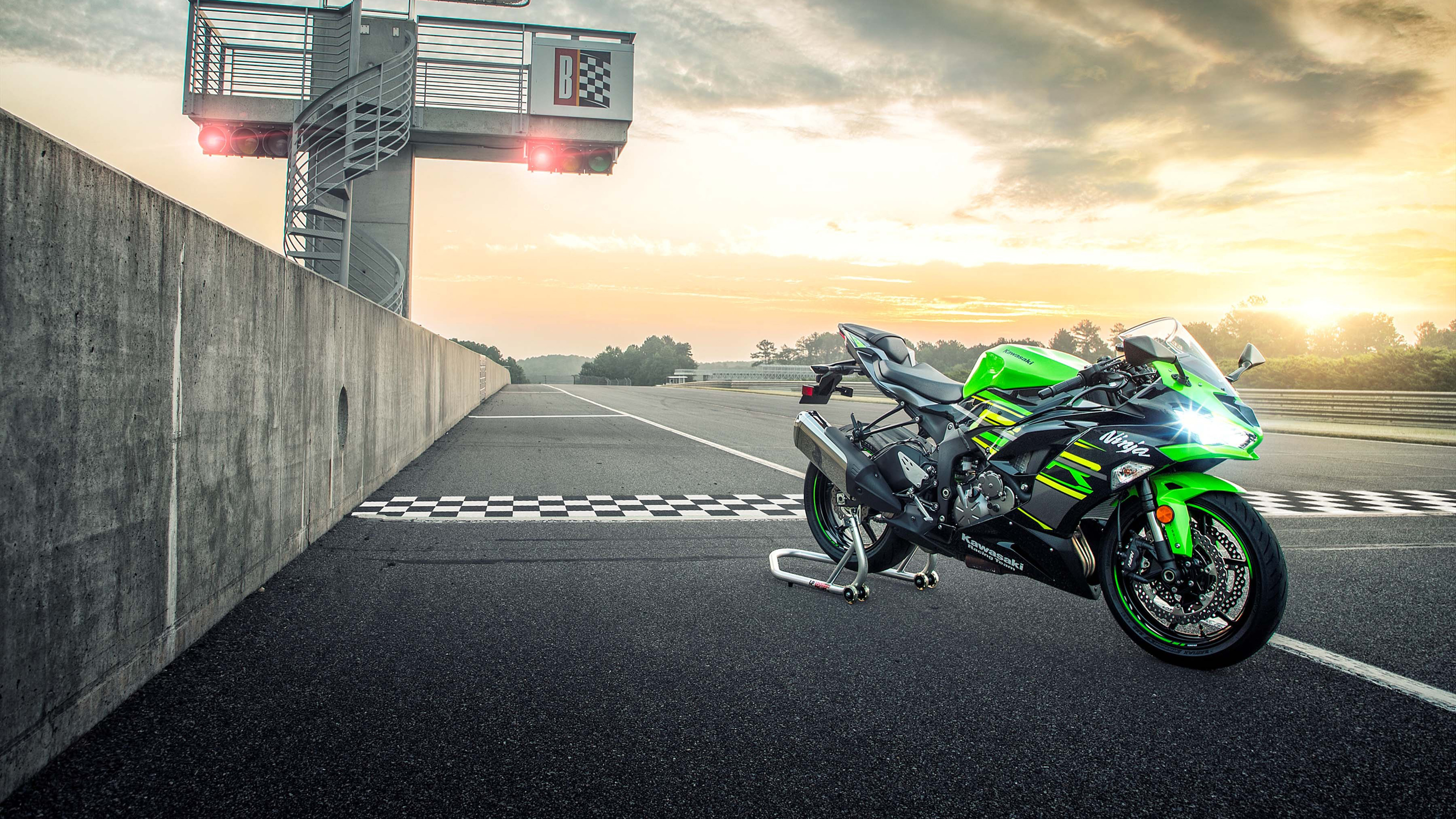 2019 Kawasaki Ninja ZX-6R 4K Wallpapers