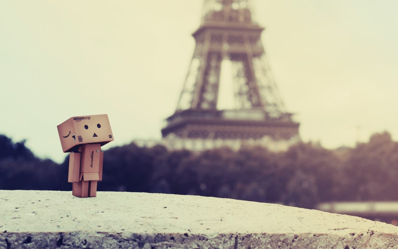 Danboard Box Robot Paris Eiffel Tower Wallpaper Hd Wallpapers